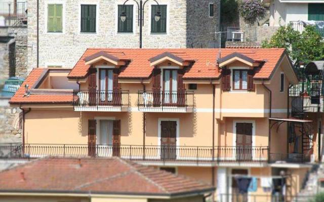 Bed and Breakfast Piccolo Nido – Riviera dei Fiori | Liguria Bed and Breakfast