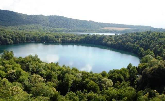 Monticchio - Lago Grande e Lago Piccolo