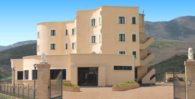 In Campania: Hotel Hermitage – Località Tempio, Polla (SA)