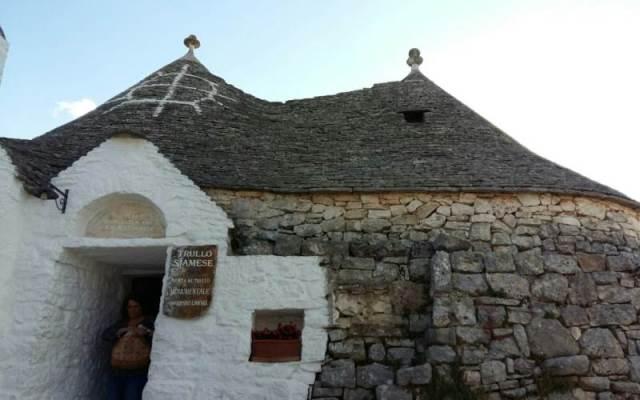 Locorotondo Martina Franca Alberobello: in Tour tra Trulli e Cantine