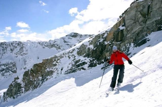 Sciare sulle Alpi