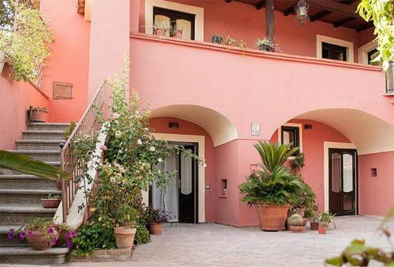 Bed and Breakfast A Corte – Caserta (CE) | Campania B&B