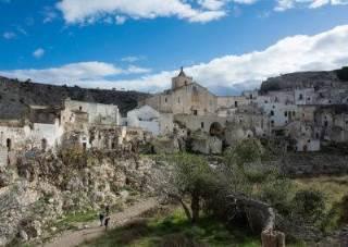 Hotel Akropolis - In Cammino da Ginosa a Matera