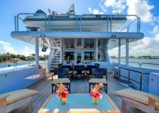 offerta yacht Starship