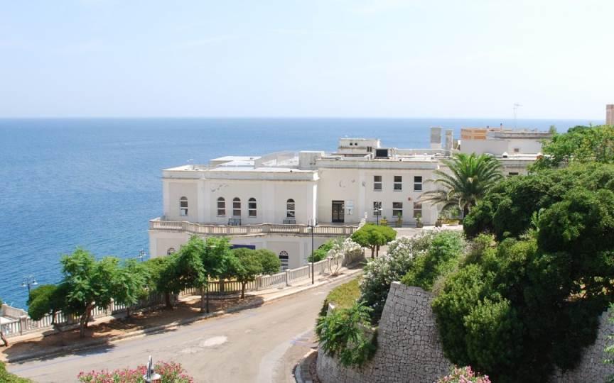 Offerte Palazzo De Donno – Santa Cesarea Terme | Giugno Settembre